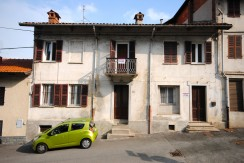 Salussola Via Elvo Casa Ristrutturata