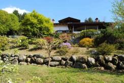 Prima Collina Biellese Villa Con Piscina In Vendita