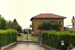 Biella Via F. Piacenza Stabile in Blocco