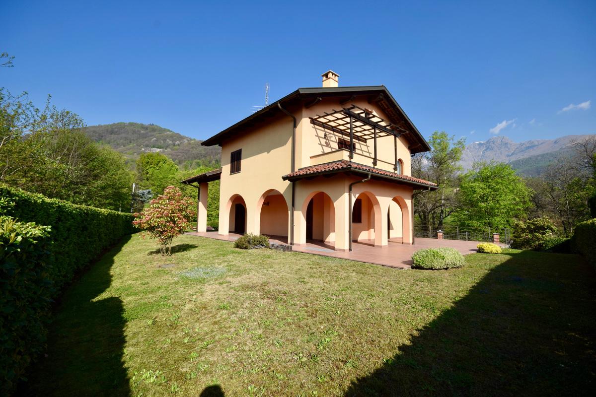 Graglia Via Del Santuario Villa Indipendente In Vendita