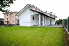 Vigliano Biellese Via Lamarmora Villa Indipendente