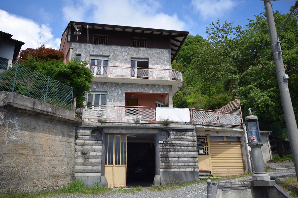 Favaro Via S.Oropa Casa Indipendente In Vendita