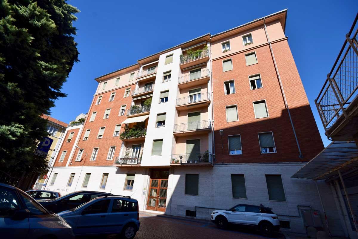 Biella Via Gustavo di Valdengo alloggio signorile in vendita