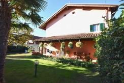 Sandigliano Via Galileo Galilei Casa con Giardino
