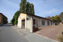 Biella Via Cerrione Laboratorio in Vendita