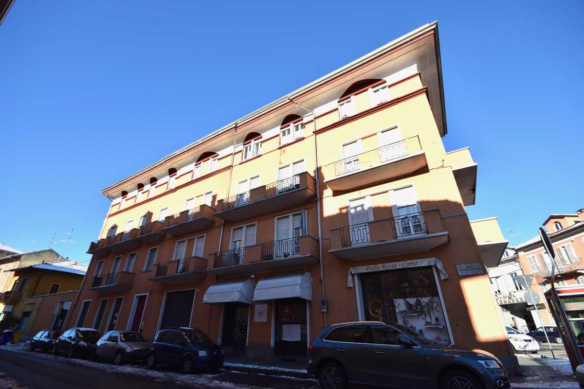 Biella Viale C. Battisti Appartamento in Vendita
