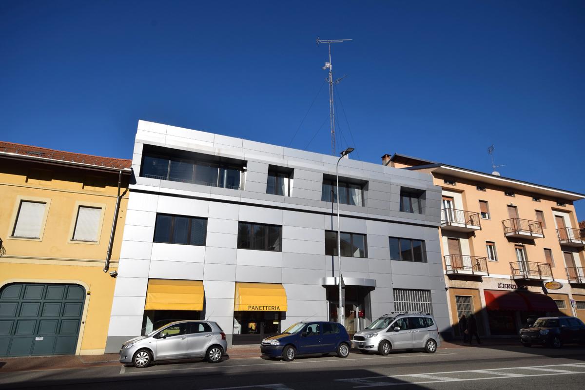 Biella Via Ivrea Prestigioso Ufficio In vendita