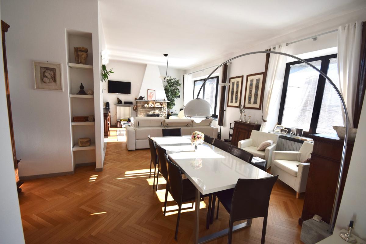 Biella Via Ivrea Appartamento Ultimo Piano in Vendita