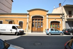 Biella Via E. Bona Box auto in Vendita