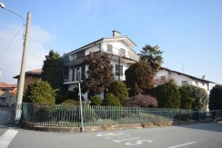 Vigliano Biellese Via Piave Villa Bifamigliare