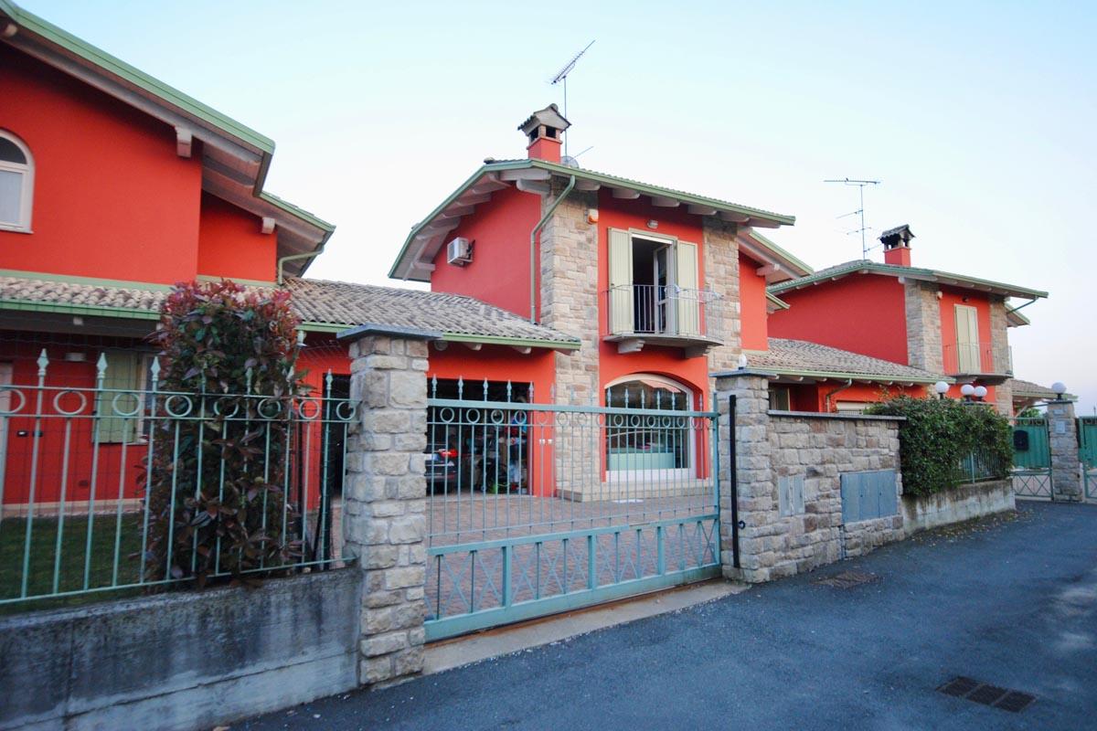 Verrone Villetta Centro Schiera In Vendita