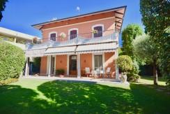 Cossato Villa Indipendente In Vendita