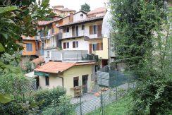 Cossila  Casa con Terrazzo e Giardino In Vendita