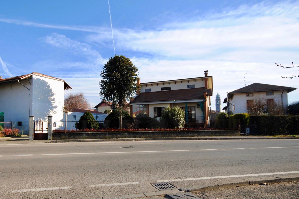 Candelo Via IV Novembre Villa In Vendita