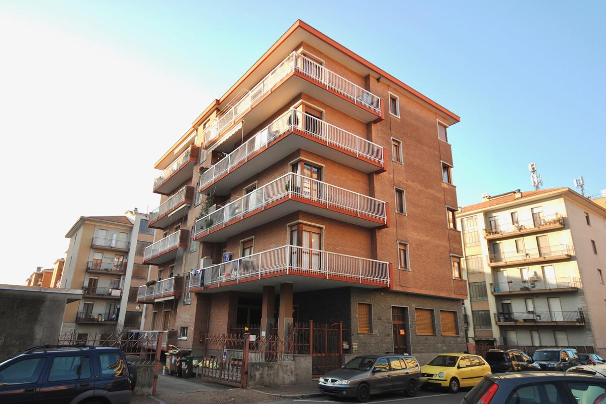 Biella Via Carando Occasione Appartamento in Vendita
