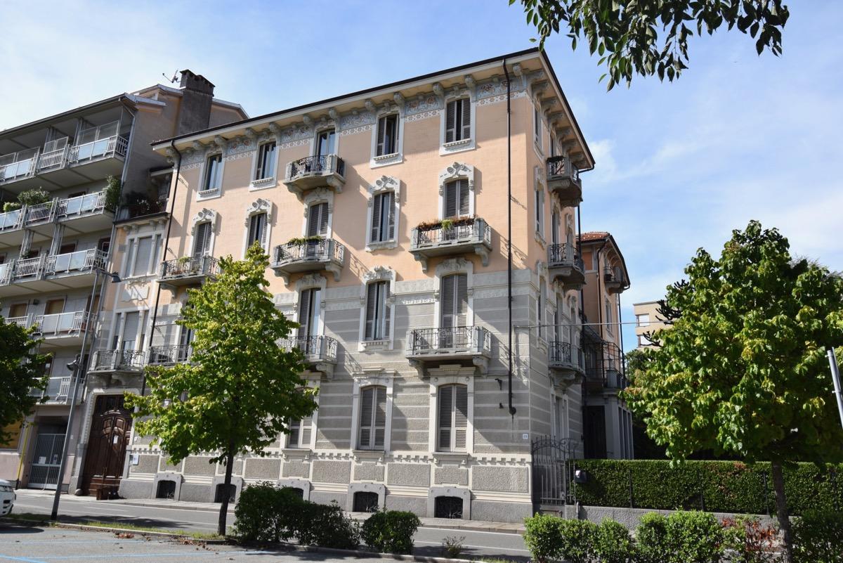 Biella Viale Matteotti Signorile Appartamento In Affitto