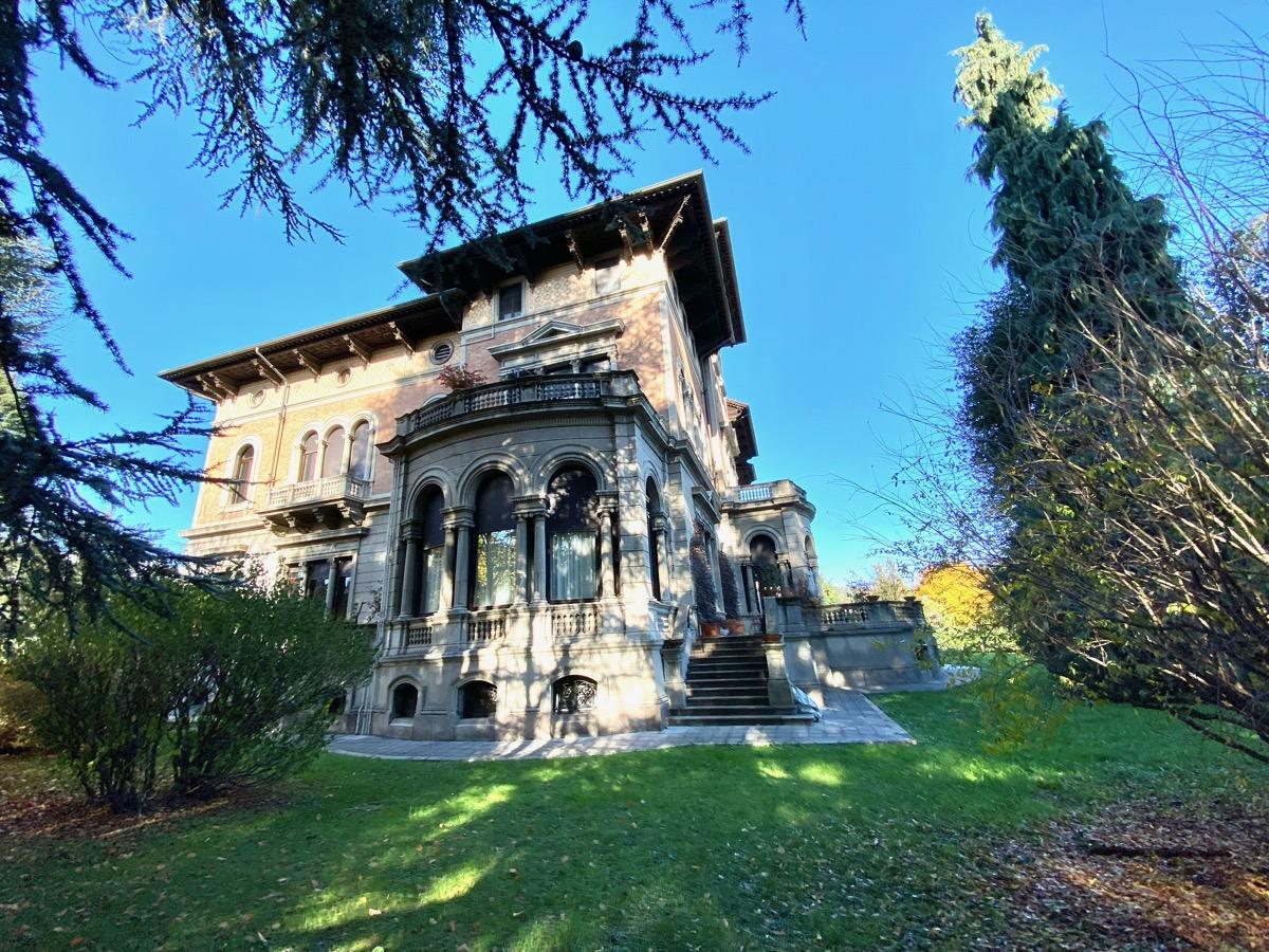 Biella Appartamento in Villa Prestigiosa