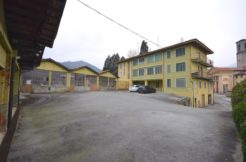 Cossila Via S. Oropa Casa Trifamigliare In Vendita