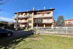 Biella Via Valle d' Aosta Alloggio Ultimo Piano In Vendita