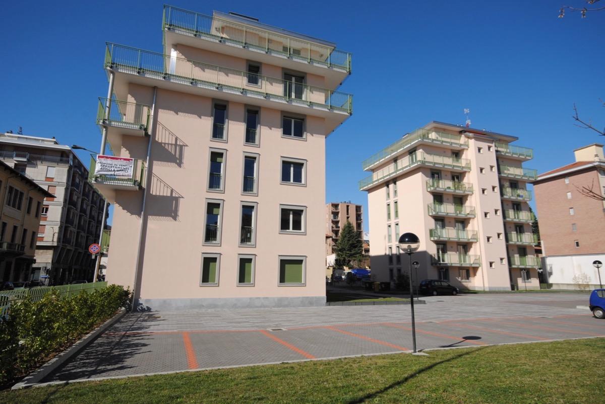 Biella Via Bengasi Alloggio Con Terrazzo In Vendita