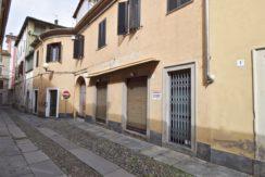 Biella Via Orfanotrofio Negozio In Vendita